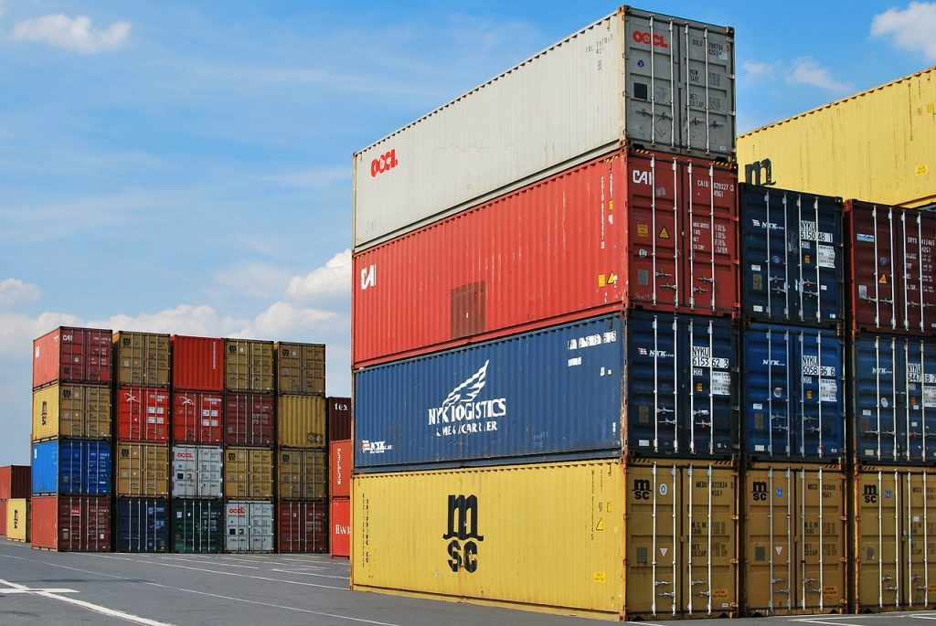 containere cu bunuri